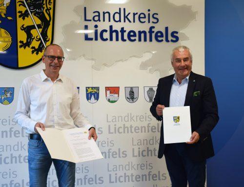 Landkreis Lichtenfels und Bayerns Antisemitismusbeauftragten gemeinsam für Erinnerungskultur und gegen Antisemitismus